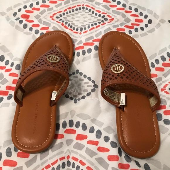 3ac5dd05235de Girls size 3 Brown Tommy Hilfiger Sandals